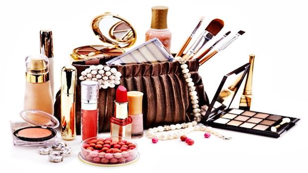 Perfumes importados e cosméticos